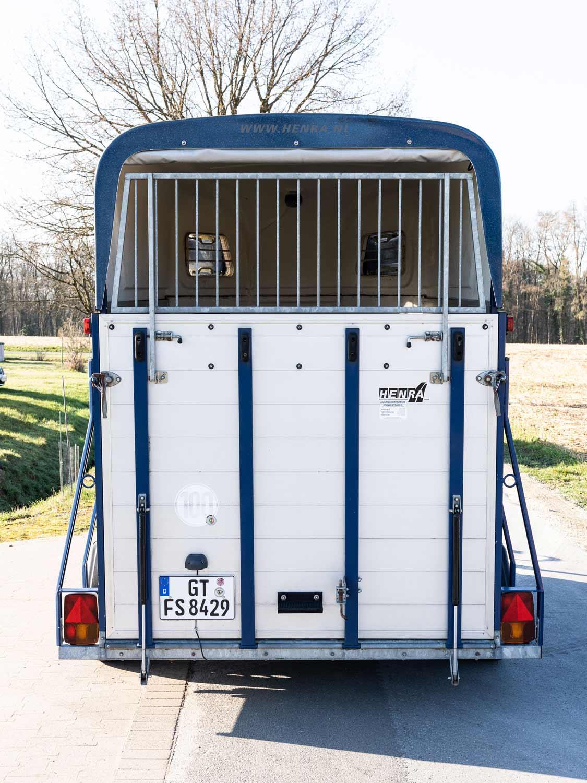 PKW-Pferdeanhaenger für 2 Pferde 2000kg 240x168x210